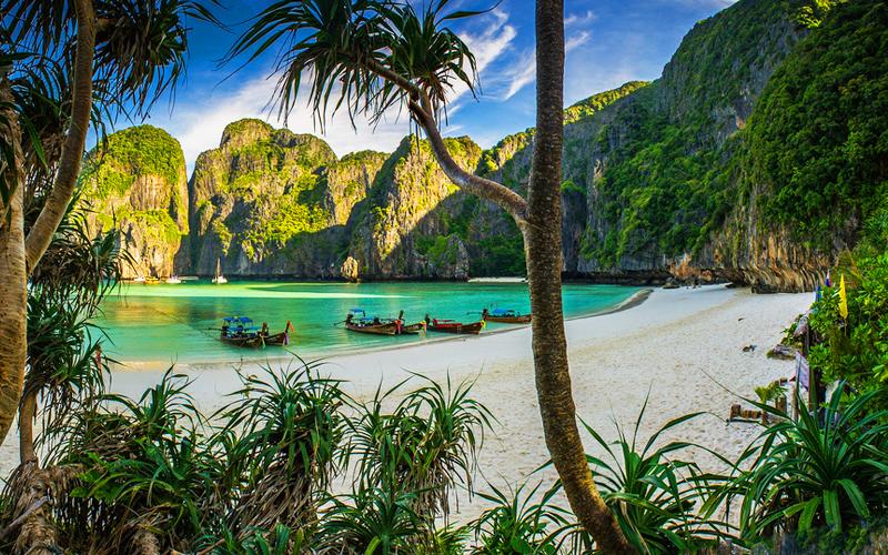 เที่ยวกระบี่ ที่ไหนดี - เกาะพีพี อ่าวมาหยา