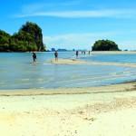 ทะเลแหวกที่หาดนพรัตน์ธารา ความสวยงามที่กระบี่