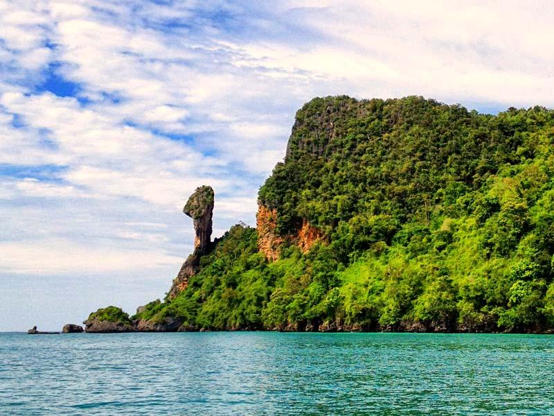 เกาะไก่ ในทัวร์ 7 เกาะ กระบี่