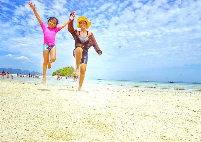 พาลูกเที่ยวกระบี่ ณ ทะเลแหวก