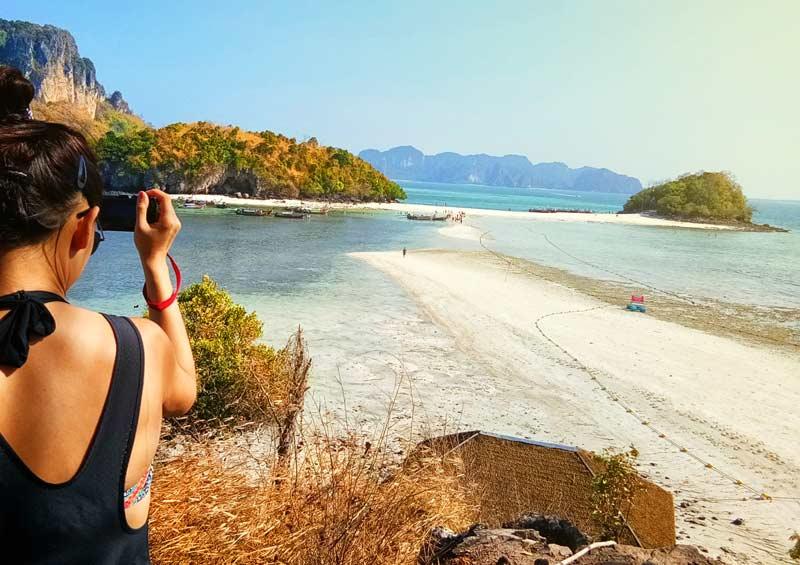 เที่ยวทะเลแหวก ช่วงไหนดี สวย