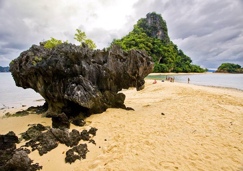 วิวเกาะผักเบี้ย ถ่ายจากเกาะไร่