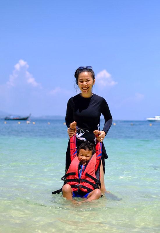 พาลูกน้อย เที่ยวทะเล กระบี่