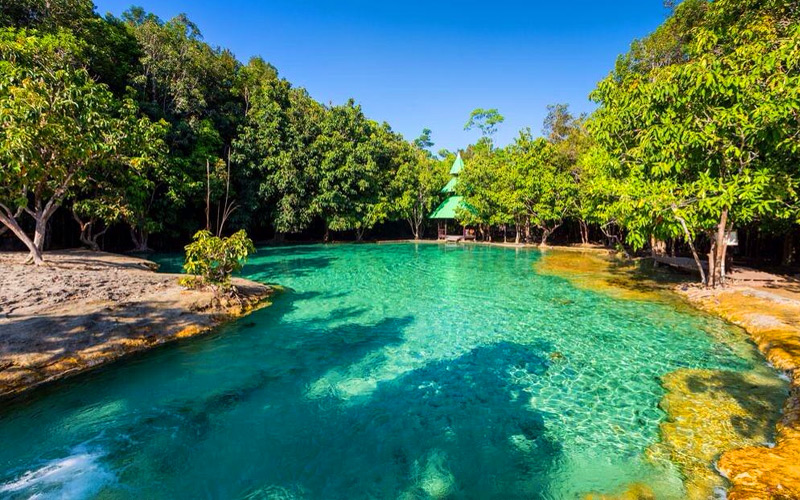 emerald-pool-krabi